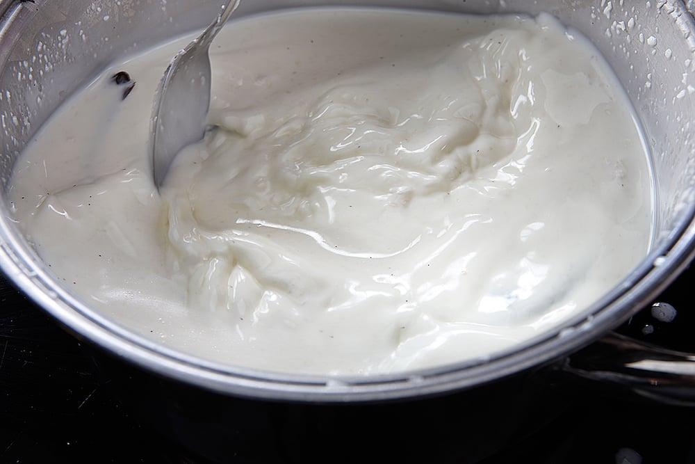 Prepare the vanilla mousse at Martin Berasategui Melvin at Abama Tenerife