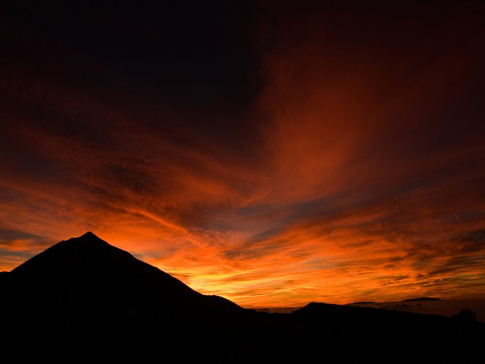 Tenerife travel - chase the best sunsets in the world